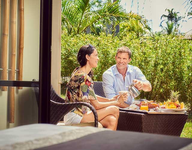 Petit déjeuner sur la terrasse de la chanbre Supérieure