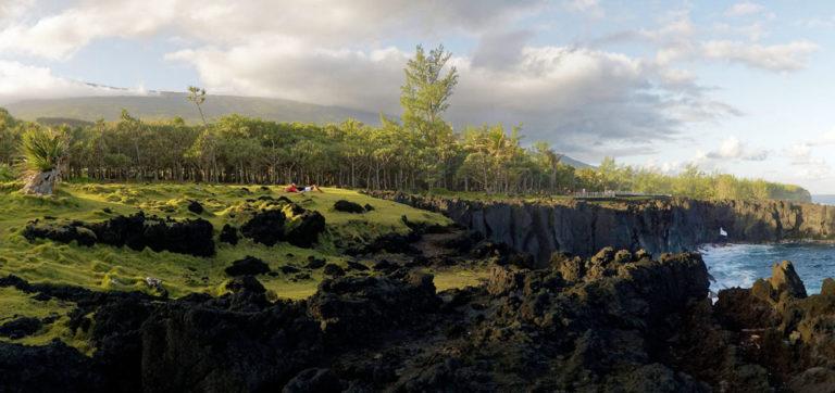 Les côtes escarpées du Sud Sauvage de l'île de La Réunion